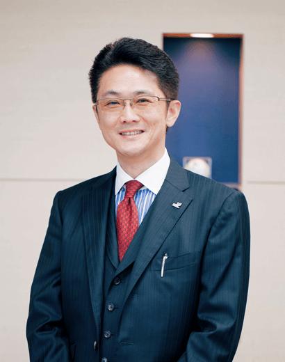 取締役/特定社会保険労務士 肥海 聡芝